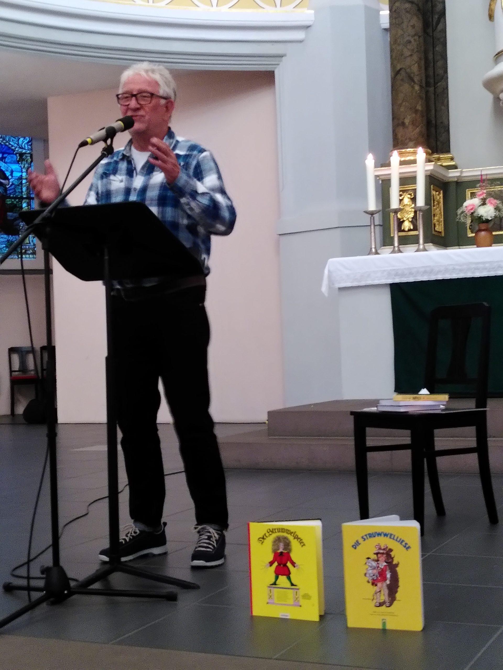 Arno Backhaus erzählt von seinem Leben als Mensch mit AD(H)S und als Vater eines Kindes mit AD(H)S